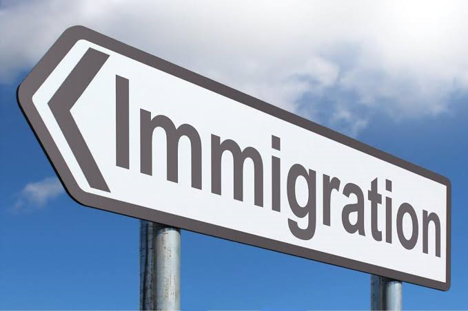 The different reasons why people immigrate